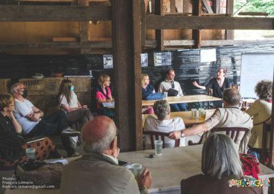 """L'atelier/table-ronde de Cyrielle et Séverine : """"comment favoriser la rencontre dans son quartier ?"""""""